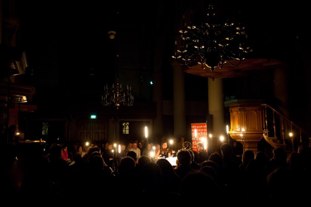 Kaarslichtconcert Waalse Kerk-Lichtontwerp Floriaan Ganzevoort-04