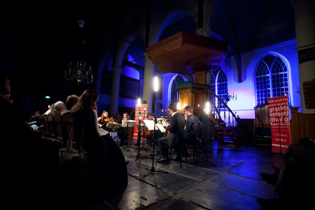Kaarslichtconcert Waalse Kerk-Lichtontwerp Floriaan Ganzevoort-02