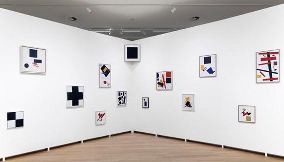 005.STEDELIJK MUSEUM -MALEVICH 2013-PH.GJ.vanROOIJ