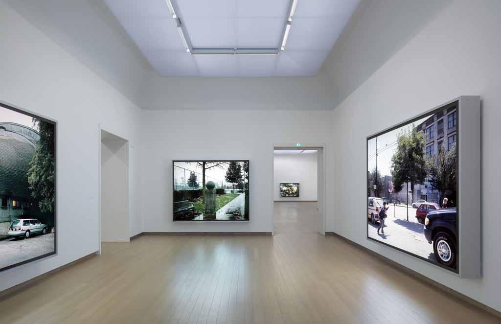 Jeff Wall Stedelijk Museum004