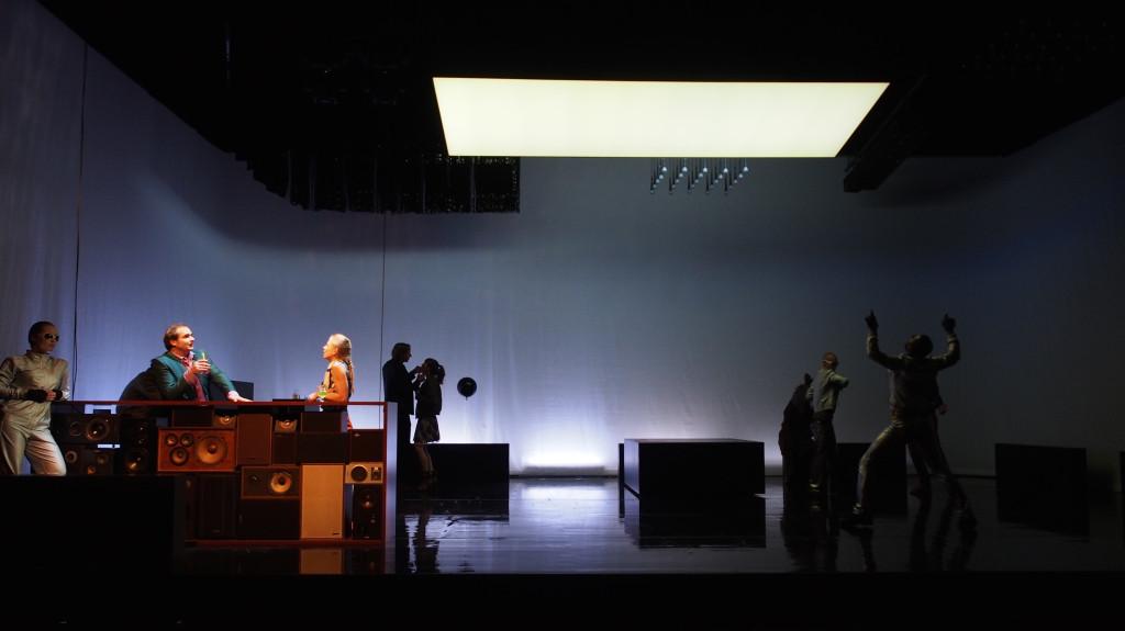 Kasimir und Karoline - Theater Basel Ulrike Quade - Scenography Floriaan Ganzevoort - 07