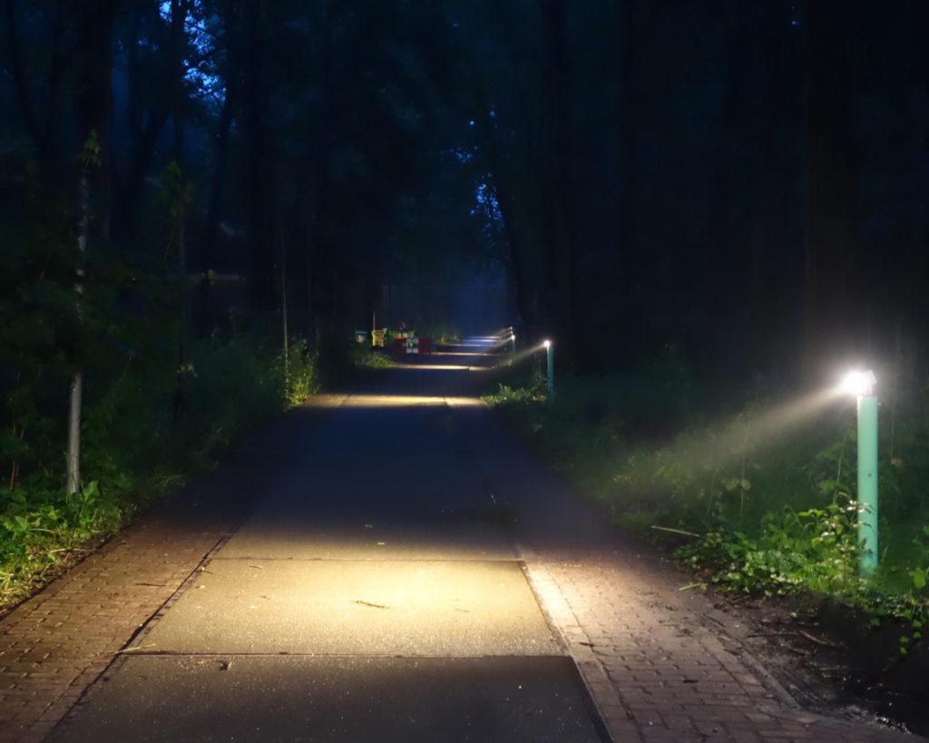 Hembrug-bolders-avond-aan