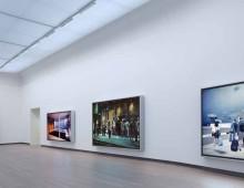 Jeff Wall in het Stedelijk